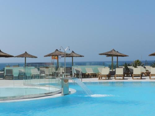 Hd Beach Resort 10