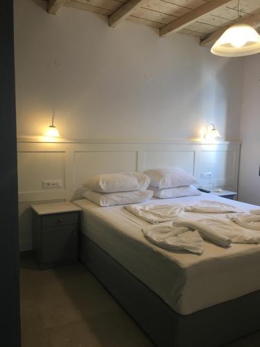 . Hotel Porto Loutro on the Hill