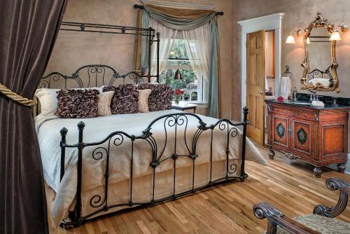 Gibson Mansion Bed And Breakfast - Missoula, MT 59803