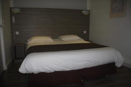 Panam Hotel - Place Gambetta photo 5
