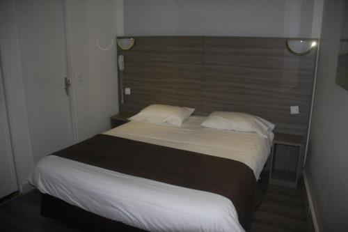 Panam Hotel - Place Gambetta photo 6