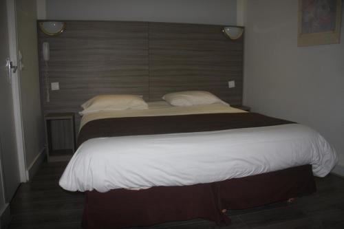Panam Hotel - Place Gambetta-Mairie de gambetta