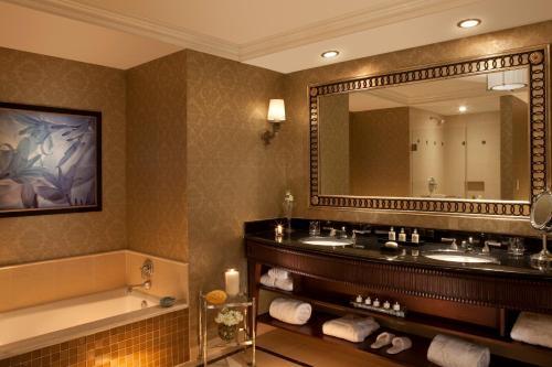 Waldorf Astoria Orlando photo 8