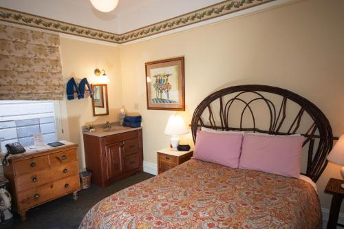 The Willows Inn - Accommodation - San Francisco
