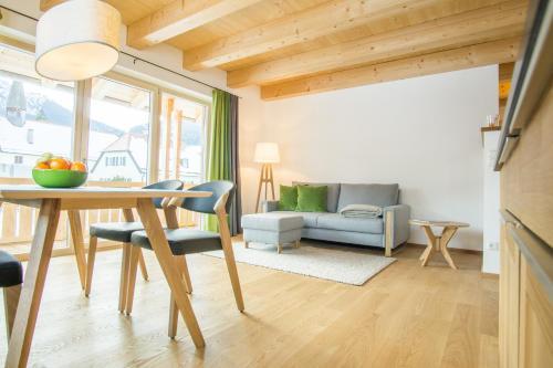 Ferienwohnung In den Bergen - Apartment - Oberammergau