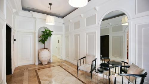 Pelican Residences in Coral Gables - Walk to Merrick Park - Miami, FL 33146