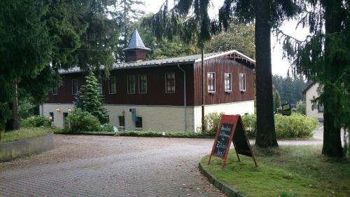 . Waldhotel Zöbischhaus