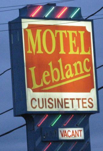 . Motel Leblanc