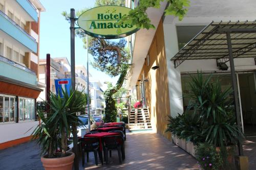 Hotel Amados