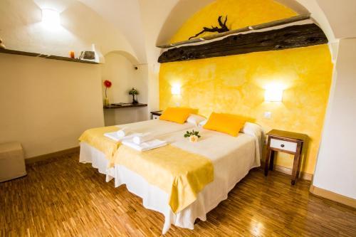 Habitación Doble con cama supletoria - 2 camas La Posada de Grimaldo 6