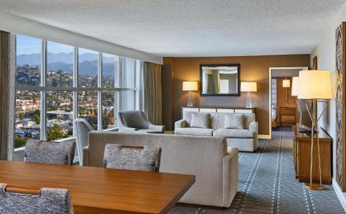Hilton Los Angeles North-Glendale & Executive Meeting Center rom bilder