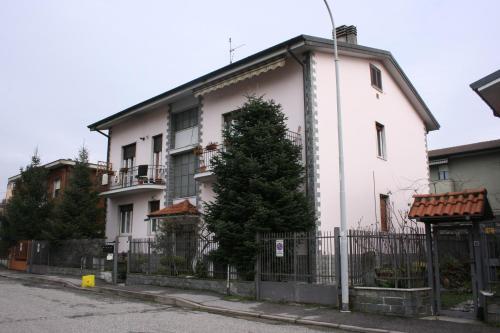 . Villa Fiore