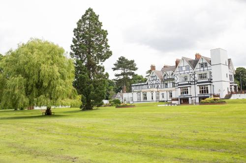 The Manor at Bickley