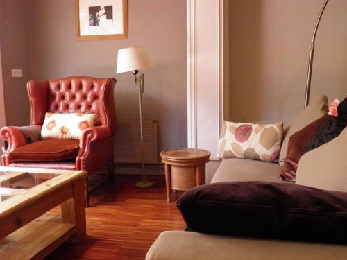 Suitur Courtyard Apartment photo 15