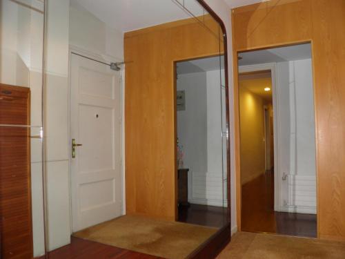 Suitur Courtyard Apartment photo 16