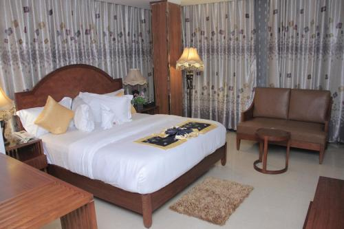 HotelZimbo Golden Hotel
