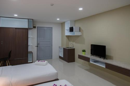 Q Space Residence photo 25