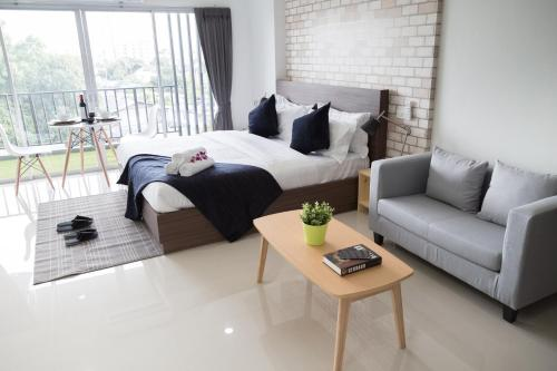 Q Space Residence photo 40