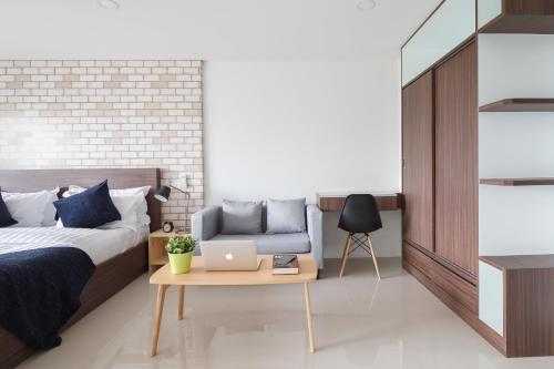 Q Space Residence photo 52