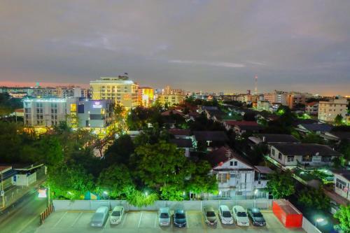 Baron Residence Bangkok photo 85