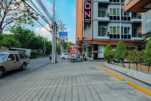 Baron Residence Bangkok photo 93
