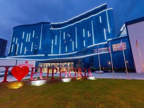 Euphoria Batumi Convention & Casino Hotel - Batumi