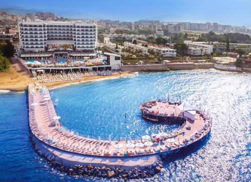 Azura Deluxe Resort & Spa - Ultra All Inclusive - Hotel - Avsallar