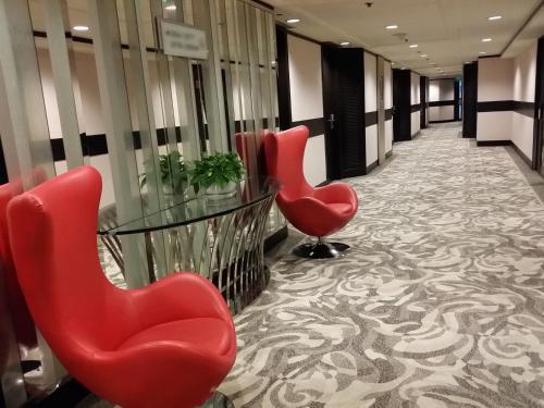 Regal Riverside Hotel photo 21