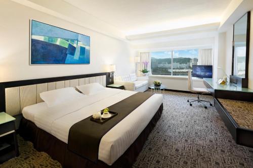 Regal Riverside Hotel photo 27