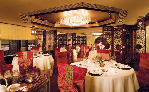 Regal Riverside Hotel photo 50