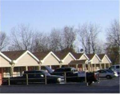. Tiffin Motel