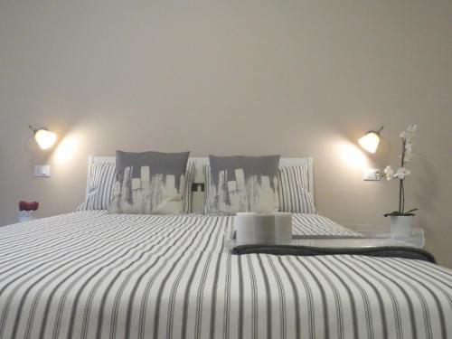 . 8 Colonne Apartments