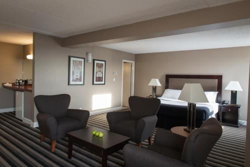 Executive Royal Hotel Regina - Regina, SK S4S 3R6