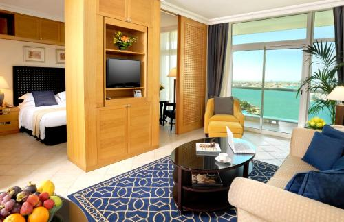 Beach Rotana – All Suites impression