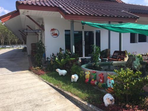 Similan Resort สิมิลัน รีสอร์ท