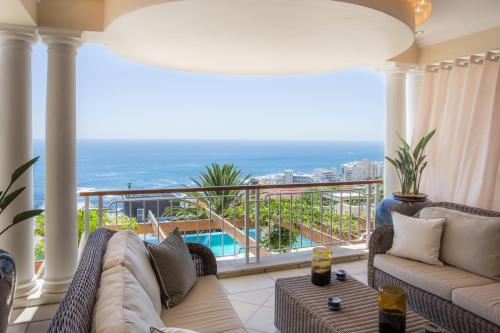 154 Kloof Street, Bantry Bay, Cape Town, South Africa.