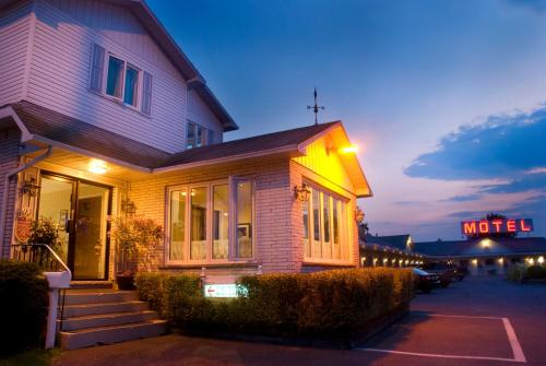 . Motel Belle Riviere