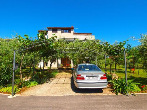 Apartments Milio 1105