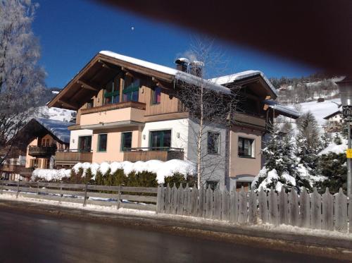 Ferienwohnung Gabriele - Apartment - Brixen im Thale