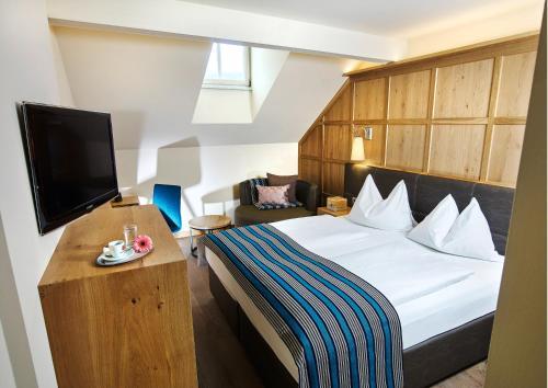 Double Room Mansarde Altstadt