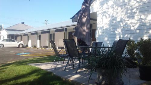 . Verandah Motel