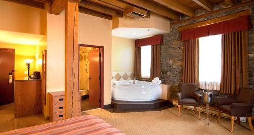 Murray Premises Hotel - Photo 3 of 62