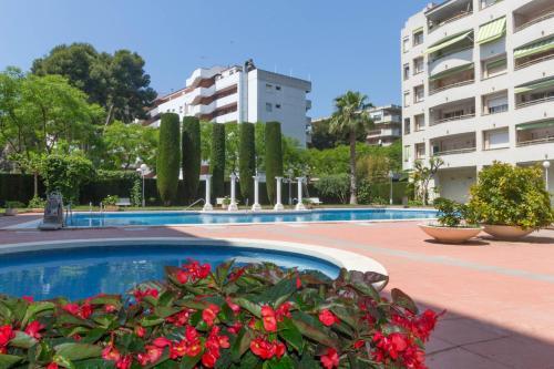 wvp - reus camp y mar - salou - book your hotel with viamichelin