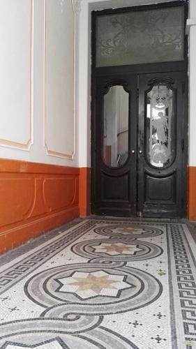 Prague Old Town Apartment with Terrace Bild 18