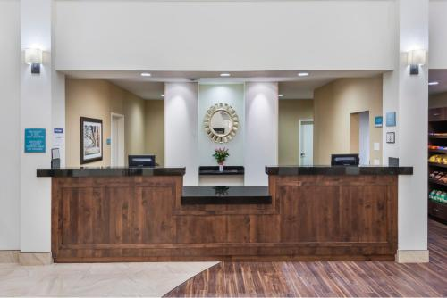 Best Western Plus Hudson Hotel & Suites - Hudson, CO 80642-5027