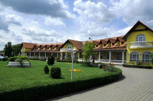 . Hotel Zámeček