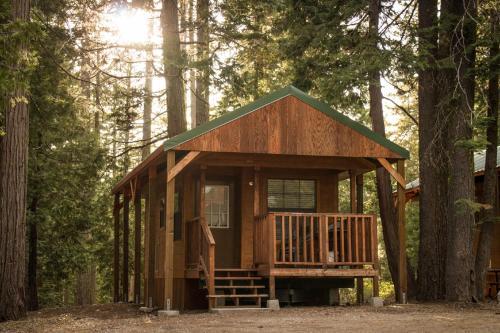 Snowflower Camping Resort Cabin 2