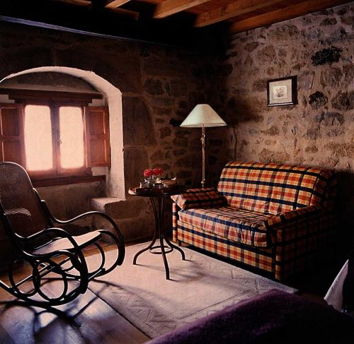 Habitación Doble - 1 o 2 camas Posada Real El Prado Mayor 18
