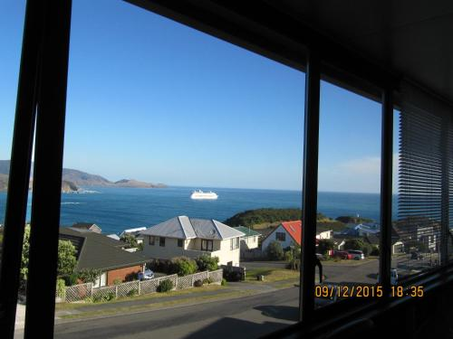Pacific View Bed and Breakfast - Accommodation - Wellington
