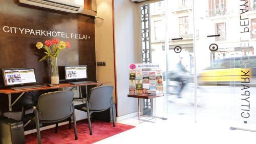 Hotel HLG CityPark Pelayo photo 26